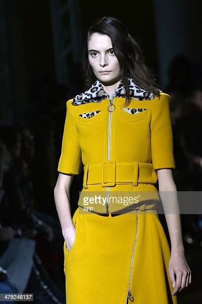 A model presents a creation by Carven during the 2014/2015 Autumn/Winter readytowear collection fashion show on February 27 2014 in Paris AFP PHOTO /...