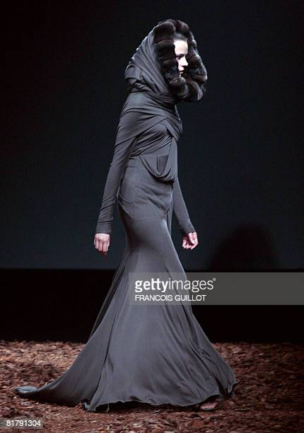 A model presents a creation by Italian designer Riccardo Tisci for Givenchy during FallWinter 2009 Haute Couture collection show in Paris on July 1...