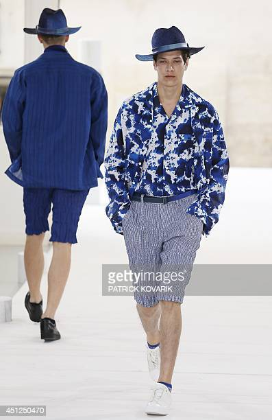 98 Japan Miyake S Spring Summer Photos And Premium High Res Pictures Getty Images