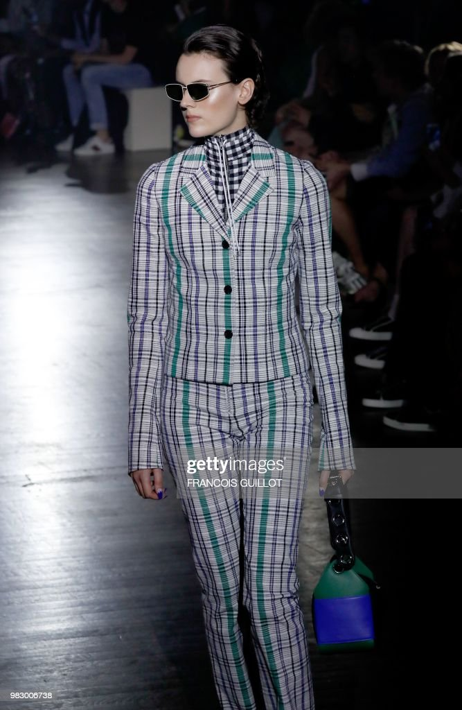 Kenzo: Runway - Paris Fashion Week - Menswear Spring/Summer 2019