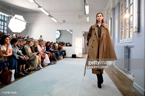 Model presents a creation by Lemaire during the Women's Fall-Winter 2019/2020 Ready-to-Wear collection fashion show in Paris, on February 27, 2019.