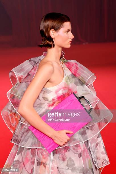 A model presents a creation by Off White during the women's 2018 Spring/Summer readytowear collection fashion show in Paris on September 28 2017 /...