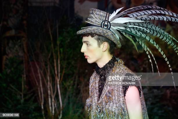 A model presents a creation by Palomo Spain during men's Fashion Week for the Fall/Winter 2018/2019 collection in Paris on January 16 2018 / AFP...