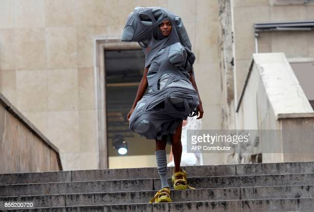 A model presents a creation by Rick Owens during the women's 2018 Spring/Summer readytowear collection fashion show in Paris on September 28 2017 /...