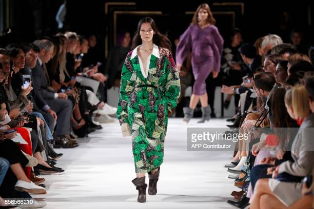 TOPSHOT A model presents a creation by Stella McCartney during the women's 2018 Spring/Summer readytowear collection fashion show in Paris on October...