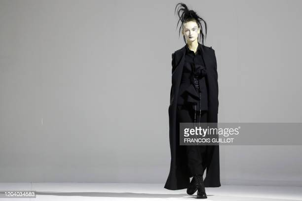 Model presents a creation by Yohji Yamamoto during the Women's Fall-Winter 2020-2021 Ready-to-Wear collection fashion show in Paris, on February 28,...