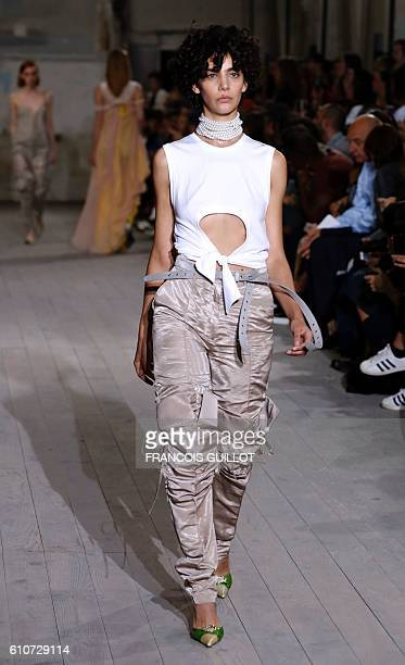 A model presents a creation for Y Project during the 2017 Spring/Summer readytowear collection fashion show on September 27 2016 in Paris / AFP /...
