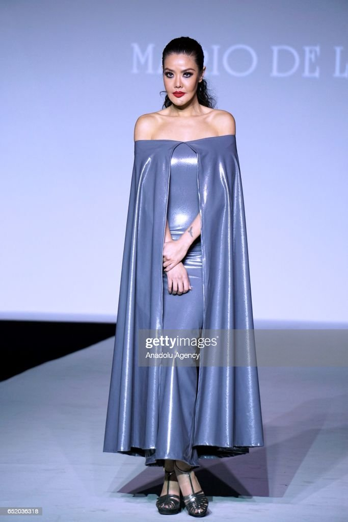 A Model Presents A Creation From Mario De La Torre S New Collection News Photo Getty Images