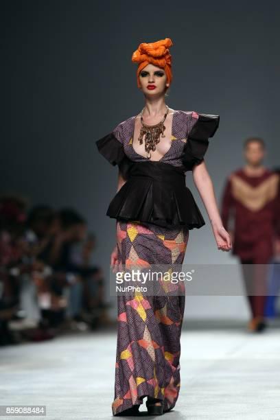 A model presents a creation from the Angolan fashion designer Nadir Tati Spring/Summer 2018 collection during the Lisbon Fashion Week Moda Lisboa at...