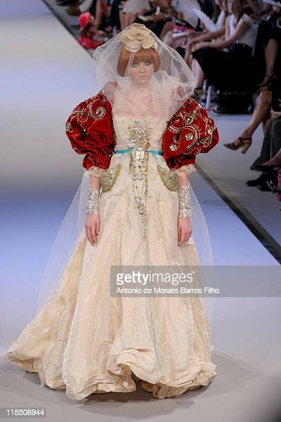 Model presents a creation of Christian Lacroix as part of the Fall/WInter 20062007 Haute Couture collections presented during Paris Fashion Week in...