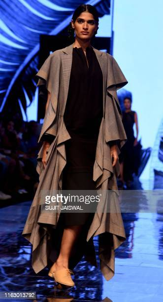 A model presents creations by designer Zen Next at the Lakme Fashion Week Winter/Festive 2019 in Mumbai on August 21 2019 / XGTY / RESTRICTED TO...