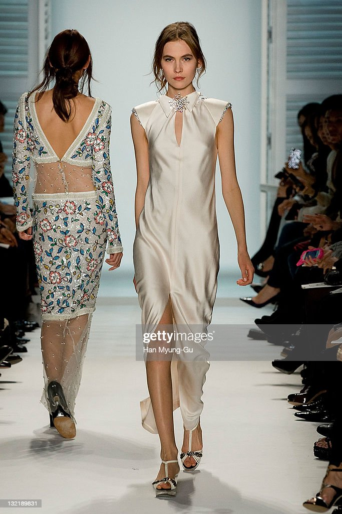 Chanel 2011/12 Cruise Collection : News Photo