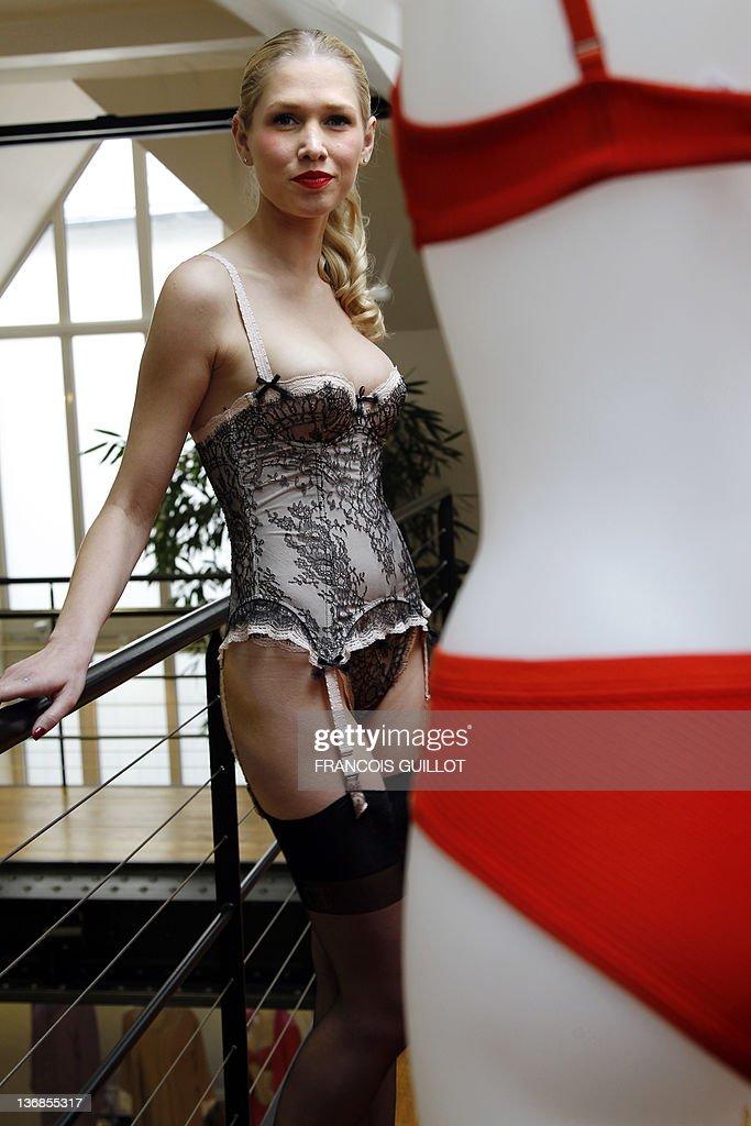 A model presents underwears to unveil the trends prior to the Salon de la  lingerie ( d036f0915