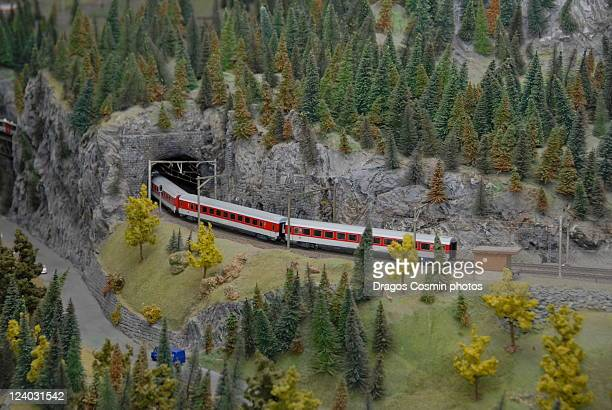 model railroad in swiss transport museum - 模型の汽車 ストックフォトと画像