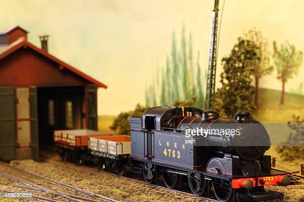model railroad layout with lner steam locomotive - pejft stock pictures, royalty-free photos & images