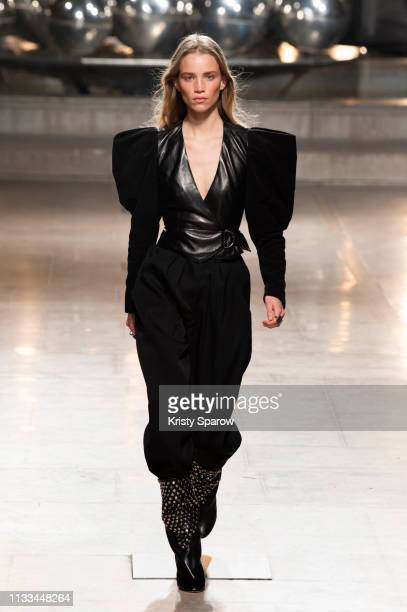 Model Rebecca Leigh Longendyke walks the runway during the Isabel Marant show as part of Paris Fashion Week Womenswear Fall/Winter 2019/2020 on...