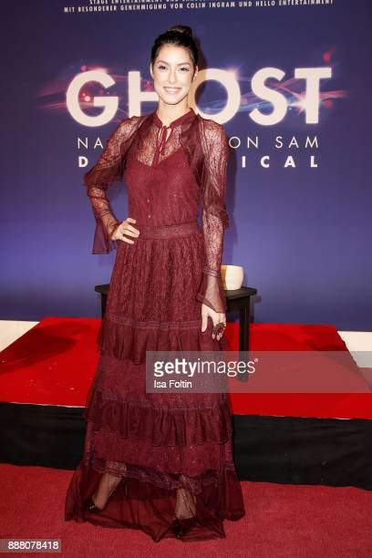 Model Rebecca Mir during the premiere of 'Ghost Das Musical' at Stage Theater on December 7 2017 in Berlin Germany
