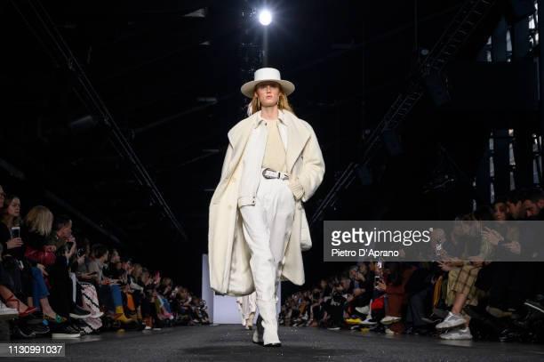 Model Rianne Van Rompaey walks the runway at the Alberta Ferretti show at Milan Fashion Week Autumn/Winter 2019/20 on February 20, 2019 in Milan,...