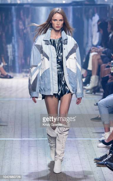 Model Rianne Van Rompaey walks the runway during the Isabel Marant show as part of Paris Fashion Week Womenswear Spring/Summer 2019 on September 27...