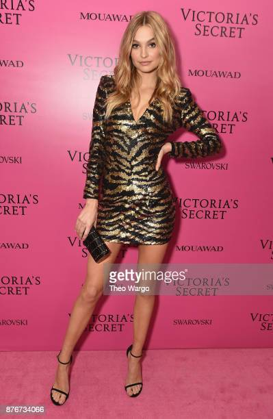 Model Roosmarijn de Kok attends the 2017 Victoria's Secret Fashion Show In Shanghai After Party at MercedesBenz Arena on November 20 2017 in Shanghai...