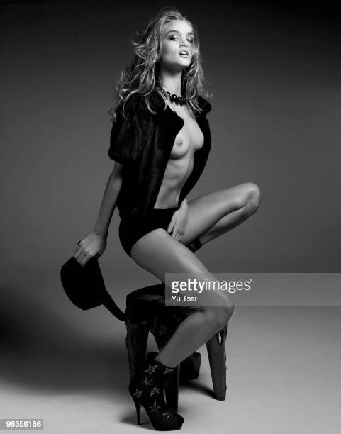 Model Rosie Huntington poses for a portrait session on November 9 2009 New York NY
