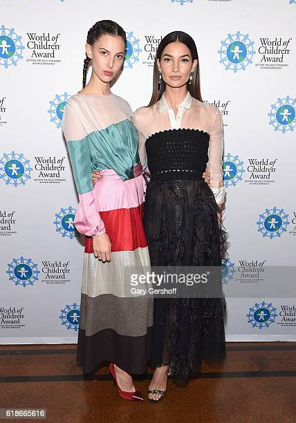 Model Ruby Aldridge and award recipient model Lily Aldridge attend the 2016 World Of Children Awards ceremony at 583 Park Avenue on October 27 2016...