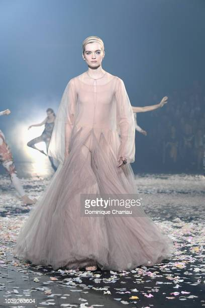 Dancers perform on the runway during the Christian Dior show as part of the Paris Fashion Week Womenswear Spring/Summer 2019 on September 24 2018 in...