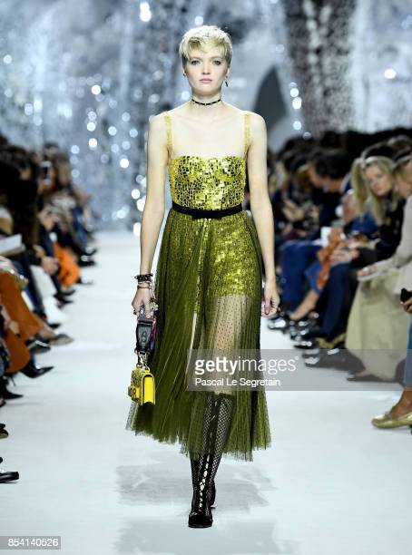 Model Ruth Bell walks the runway during the Christian Dior show as part of the Paris Fashion Week Womenswear Spring/Summer 2018 on September 26 2017...
