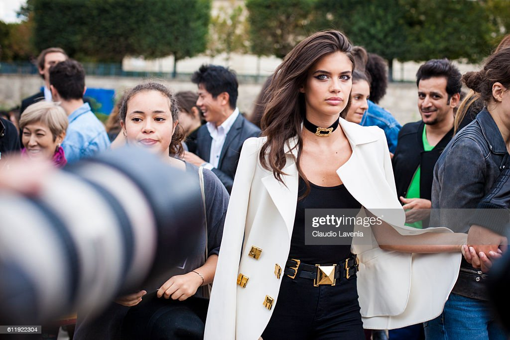 Model Sara Sampaio after the Elie Saab show on day 5 of Paris Womens Fashion Week Spring/Summer 2017 on October 1, 2016 in Paris, France.