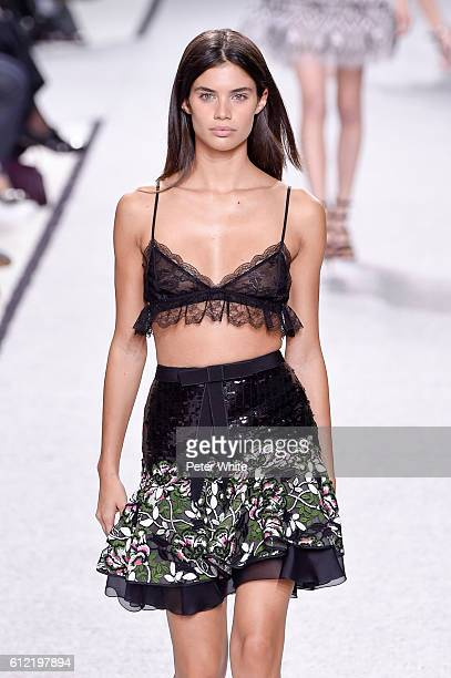 Model Sara Sampaio walks the runway during the Gambattista Valli show as part of the Paris Fashion Week Womenswear Spring/Summer 2017 on October 3...
