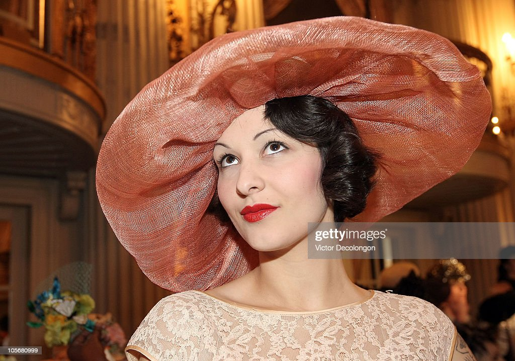 3926f429e Louise Green 'Hats' Spring/Summer 2011 Millinery Fashion Show : News Photo