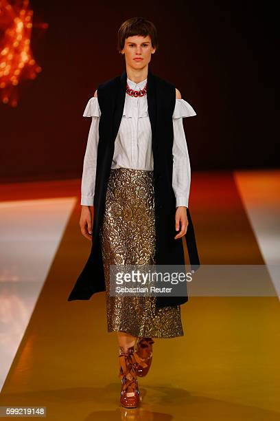 Model Saskia de Brauw walks the runway at the Zalando fashion show during the Bread & Butter by Zalando at arena Berlin on September 4, 2016 in...