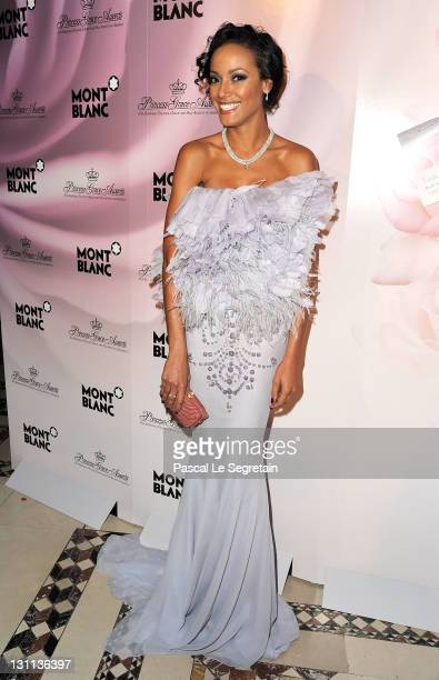 Model Selita Ebanks attends MONTBLANC Launches Collection Princesse Grace De Monaco at the Princess Grace Awards Gala at Cipriani 42nd Street on...