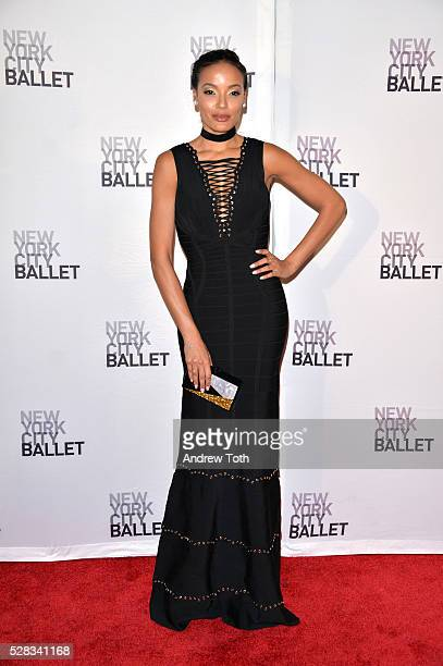 Model Selita Ebanks attends the New York City Ballet's Spring Gala on May 04 2016 in New York New York