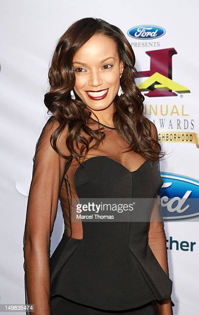 Model Selita Ebanks walks the blue carpet at the 10th Annual Ford Hoodie Awards at MGM Garden Arena on August 4, 2012 in Las Vegas, Nevada.