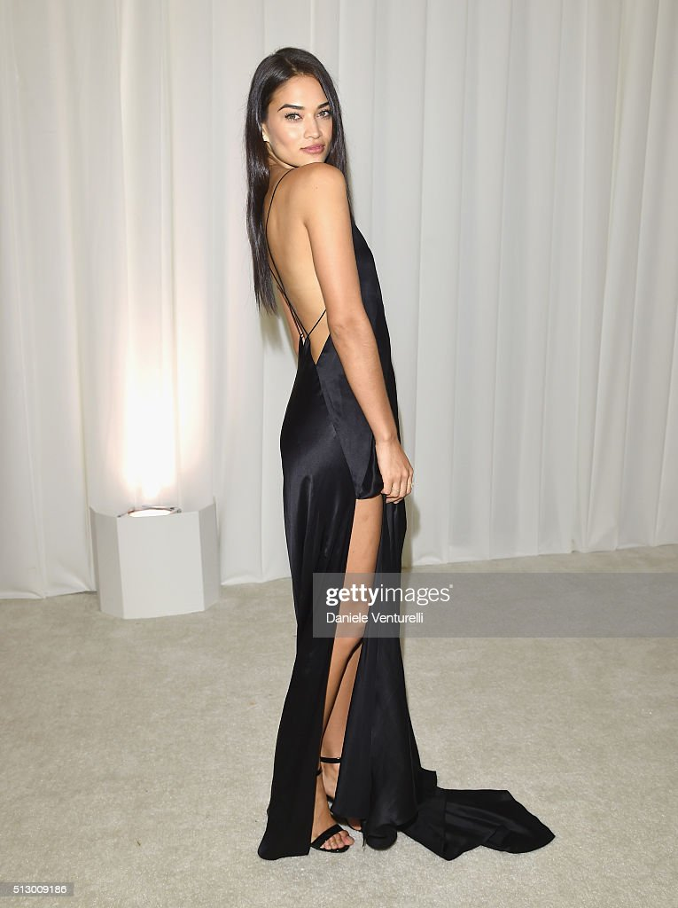 Model Shanina Shaik attends Bulgari at the 24th Annual Elton John AIDS Foundation's Oscar Viewing Party at The City of West Hollywood Park on February 28, 2016 in West Hollywood, California.