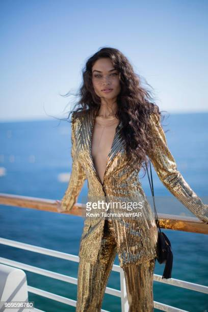 Model Shanina Shaik attends the amfAR Gala Cannes at Hotel du CapEdenRoc on May 17 2018 in Cap d'Antibes France