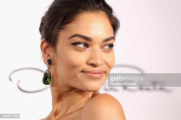 Model Shanina Shaik attends the Oscar de la Renta show presented by Etihad Airways at MercedesBenz Fashion Week Resort 17 Collections at...
