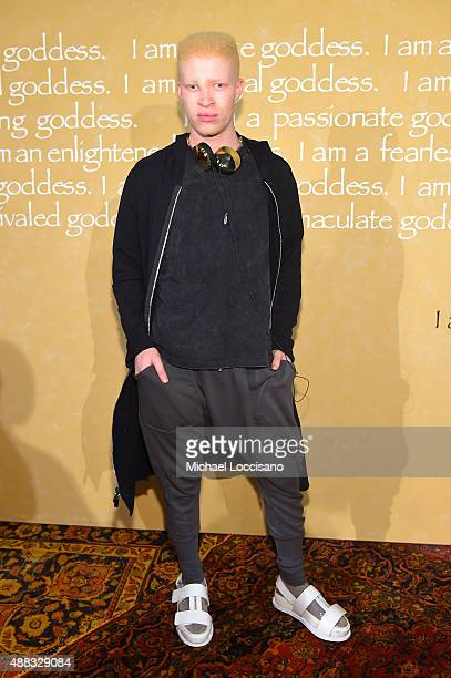 Model Shaun Ross attends Alice + Olivia By Stacey Bendet Spring 2016 during New York Fashion Week: The Shows at The Gallery, Skylight at Clarkson Sq...