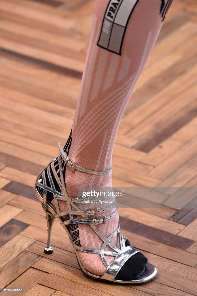 Prada Resort 2018 Womenswear Show - Runway : News Photo