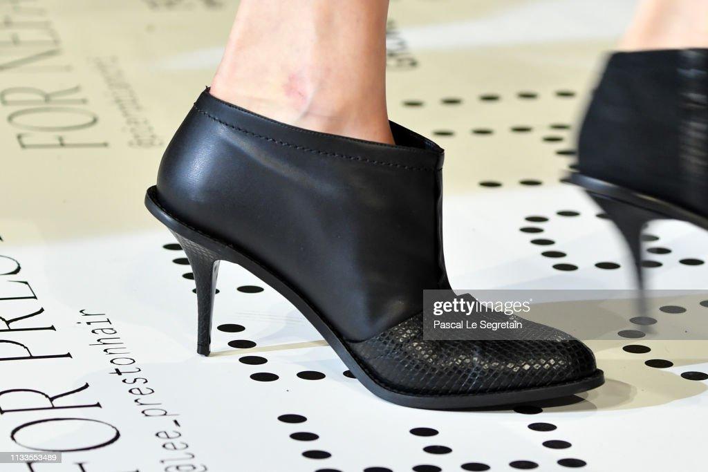 Stella McCartney : Runway - Paris Fashion Week Womenswear Fall/Winter 2019/2020 : ニュース写真