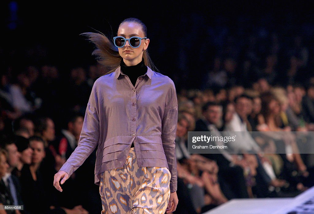 A model showcases a design on the catwalk by Ksubi during the L'Oreal Melbourne Fashion Festival 2009 at the Malvern Town Hall/Peninsula Docklands on March 16, 2009 in Melbourne, Australia.