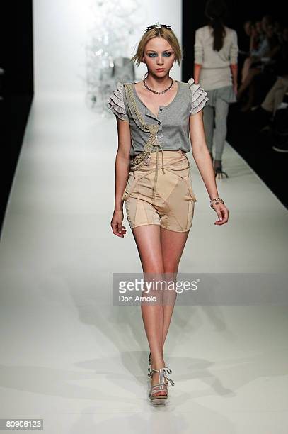 Model showcases an outift by designer Kate Sylvester on the catwalk on the second day of the Rosemount Australian Fashion Week Spring/Summer 2008/09...
