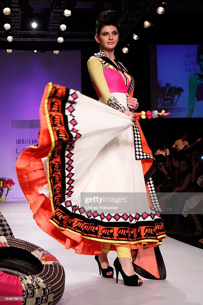 A model showcases designs by Archana Kochhar on the runway during day five of Lakme Fashion Week Summer/Resort 2013 on March 26, 2013 at Grand Hyatt in Mumbai, India.
