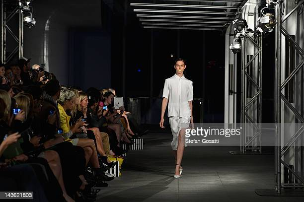 A model showcases designs by Magdalena Veleveska on the catwalk show on day two of MercedesBenz Fashion Week Australia Spring/Summer 2012/13 at the...