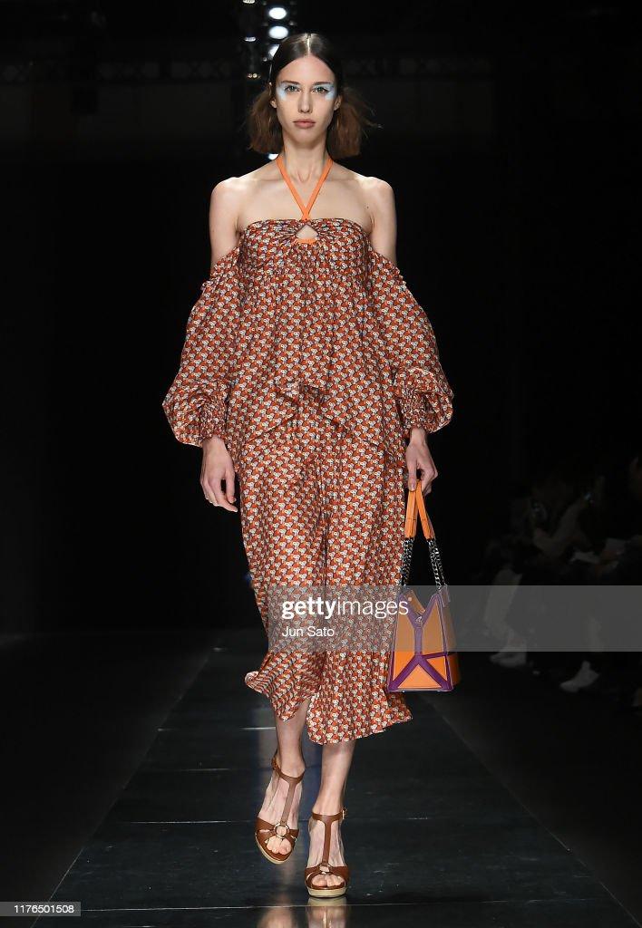Tae Ashida - Runway - Rakuten Fashion Week TOKYO 2020 S/S : News Photo