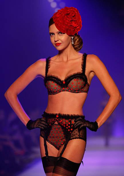 Dita Von Teese L Oreal Fashion Show