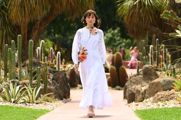 AUS: Melbourne Fashion Week: Arid Garden Runway
