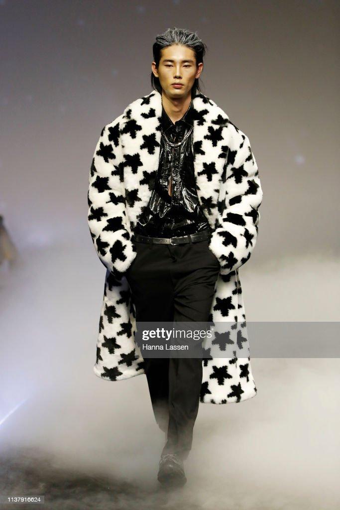 KOR: Charm's - Runway - HERA Seoul Fashion Week A/W 2019