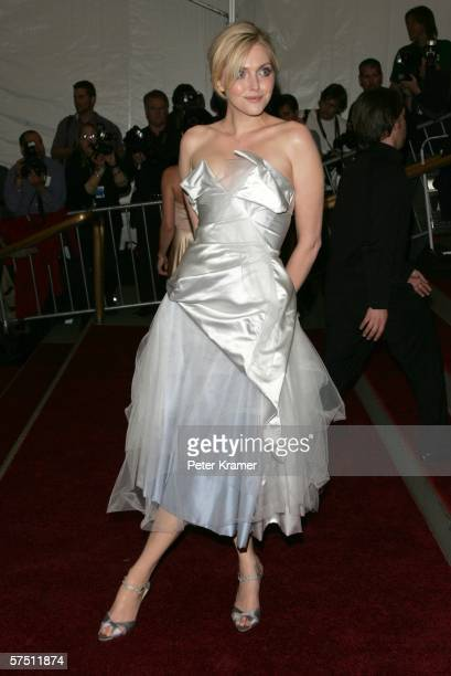 Model Sophie Dahl attends the Metropolitan Museum of Art Costume Institute Benefit Gala Anglomania at the Metropolitan Museum of Art May 1 2006 in...